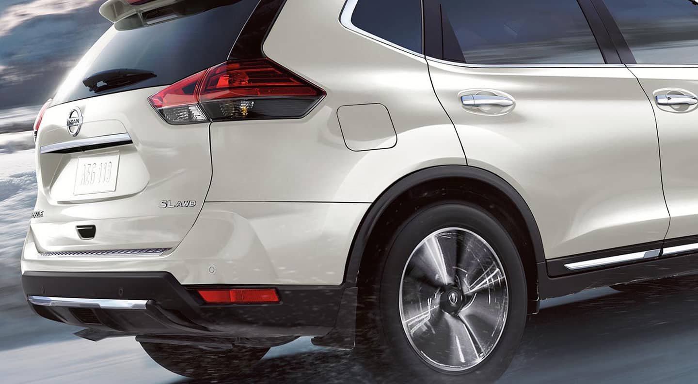 Back View of a White 2020 Nissan Rogue SUV in Vero Beach, FL