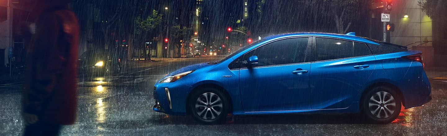 2020 Toyota Prius Driving In The  Rain