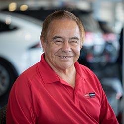 Alfredo Valenzuela Bio Image
