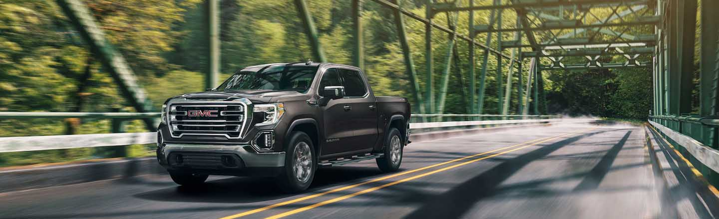 Experience the 2020 GMC Sierra 1500 full-size pickup truck Near Happy Valley, Oregon