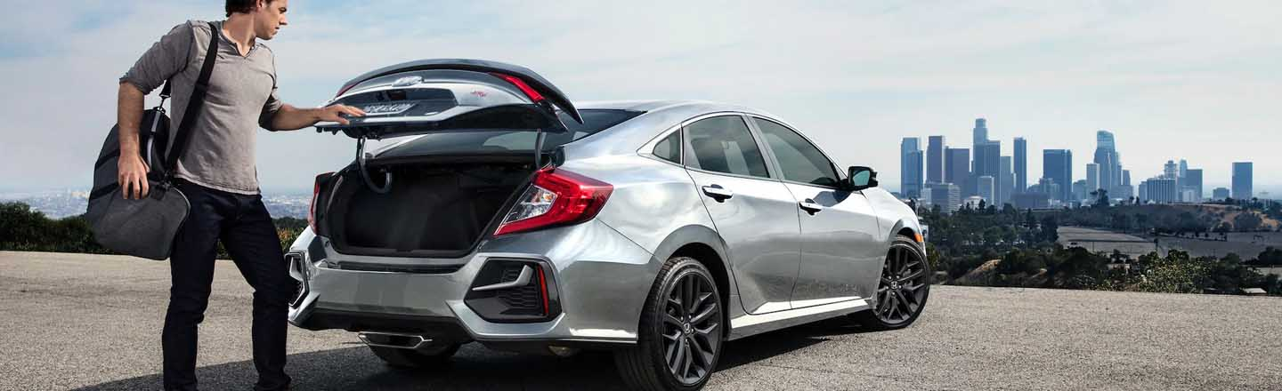 Exterior of the 2020 Honda Civic Si Sedan - available at our Honda dealership near Fort Myers, FL.