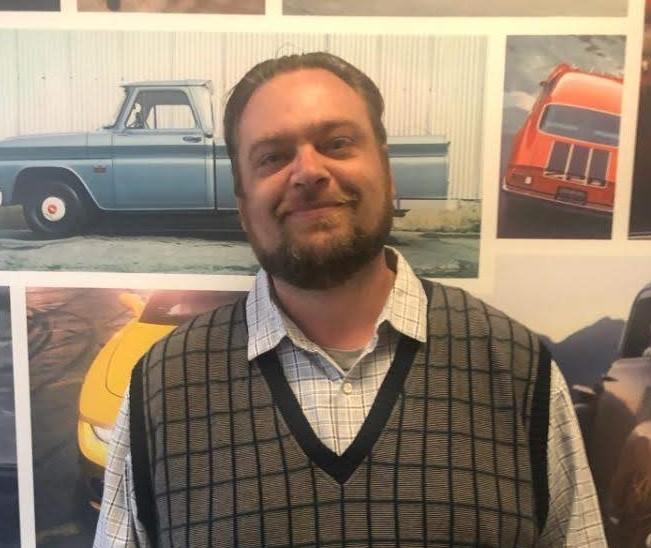 Curtis Holmes Bio Image
