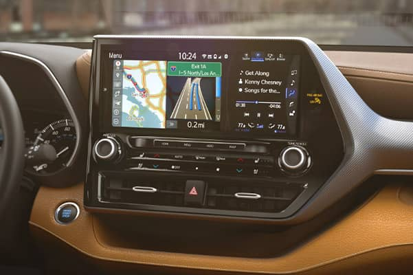 2020 Toyota Highlander Interior & Technology Features