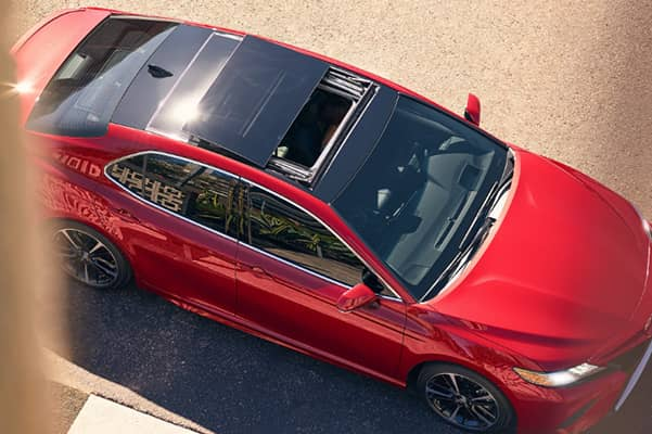Sun roof on a New 2020 Toyota Camry Sedan In Odessa, TX l Lithia Toyota