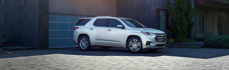 Explore The New 2020 Chevrolet Traverse SUV Near Champaign, IL