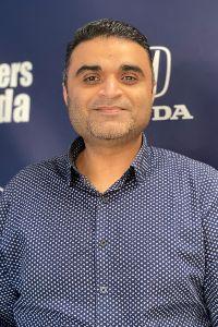 Ike Iqbal Bio Image