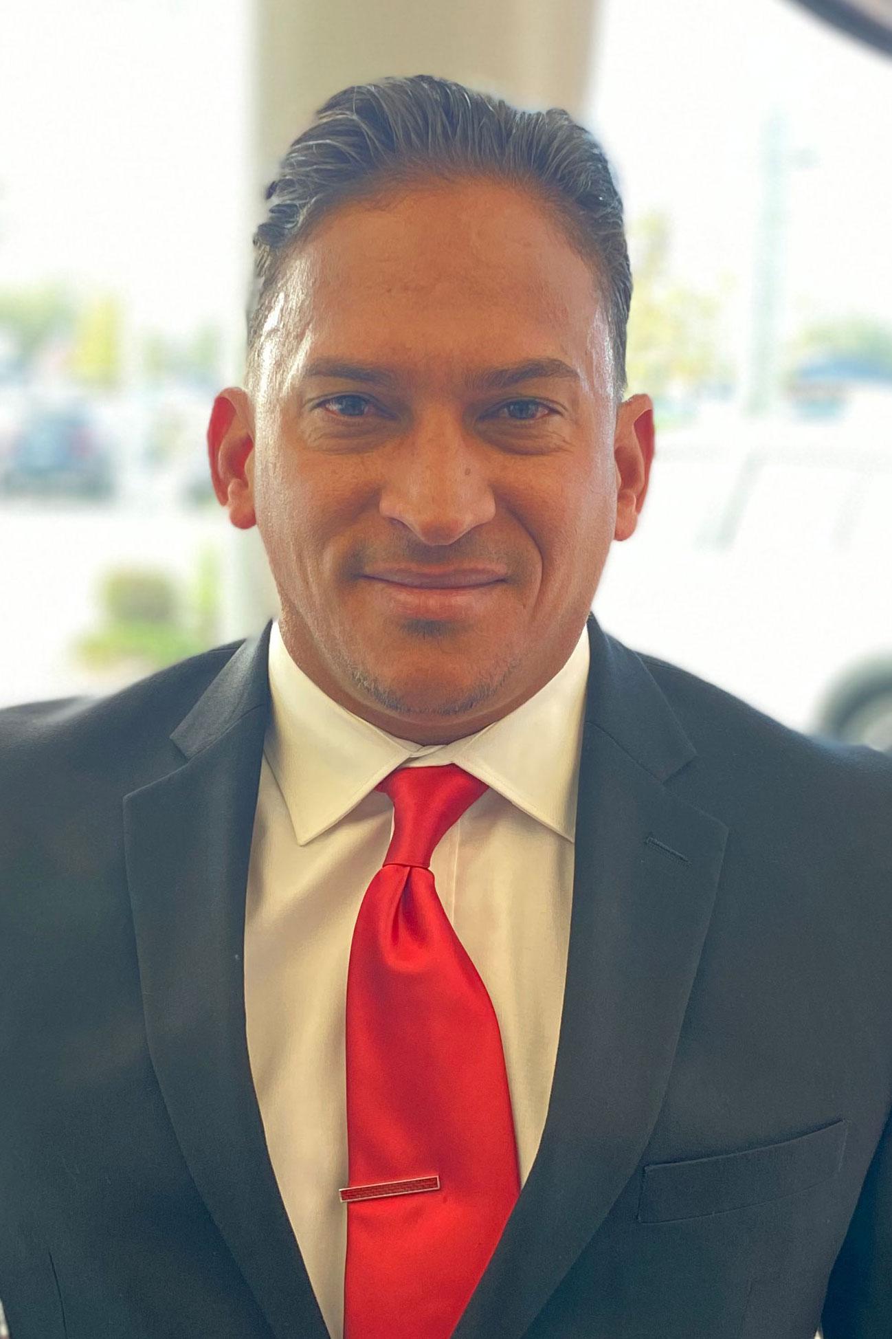 Isaias  Negron  Bio Image