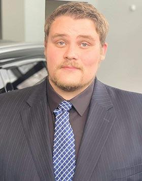 Mike  Daniels Bio Image