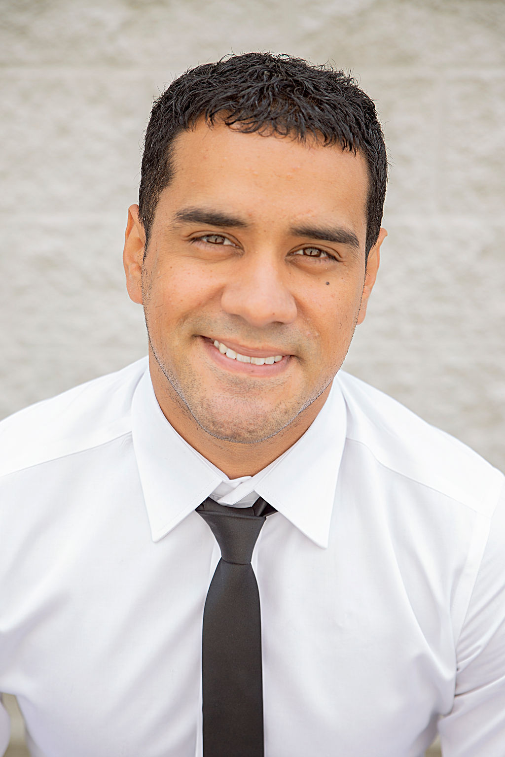 Israel Romero Bio Image