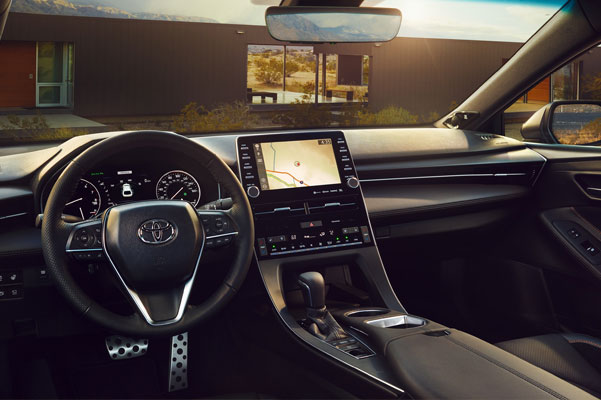 2020 Toyota Avalon Interior & Technology Features