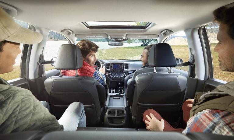 2020 Honda Ridgeline interior features