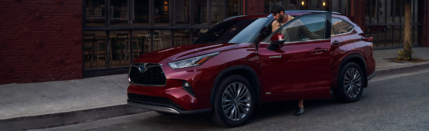 2020 Highlander Hybrid On Road