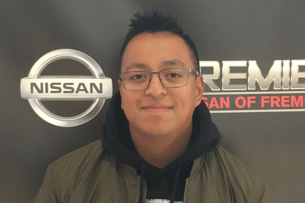 Nestor Martinez Bio Image