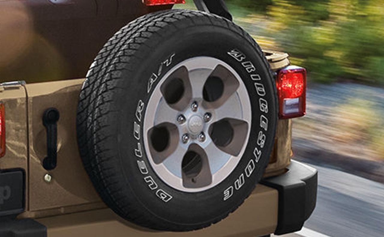 2016 jeep wrangler exterior spare tire rim wheel rear