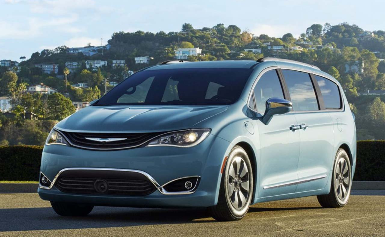 2017 chrysler vehicles exterior pacifica left