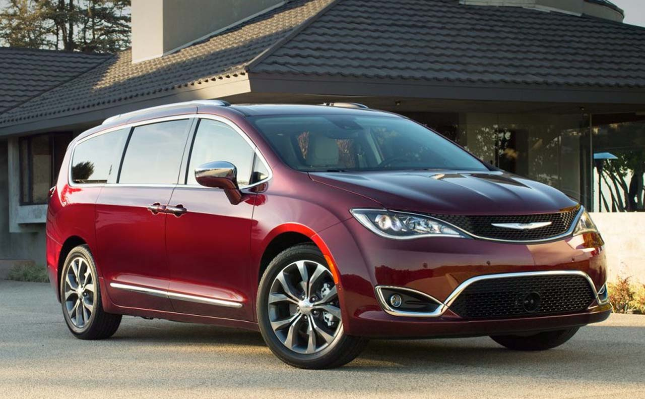 2017 chrysler vehicles exterior pacifica right