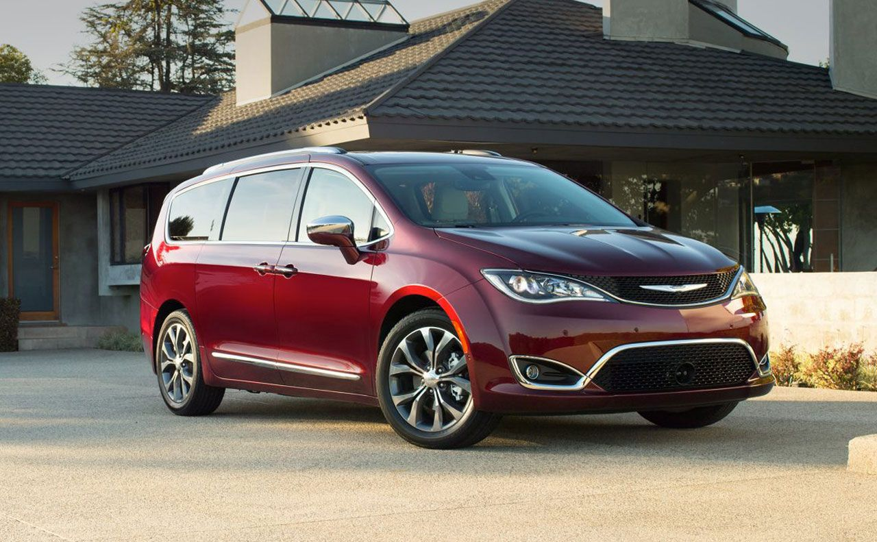 2017 chrysler pacifica exterior red rims side
