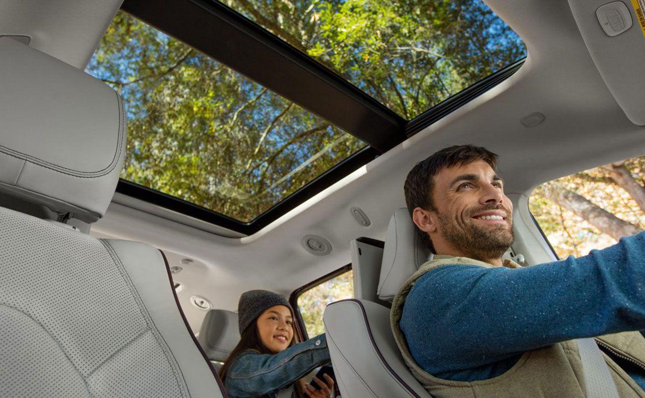 2017 chrysler pacifica exterior travel comfort rear