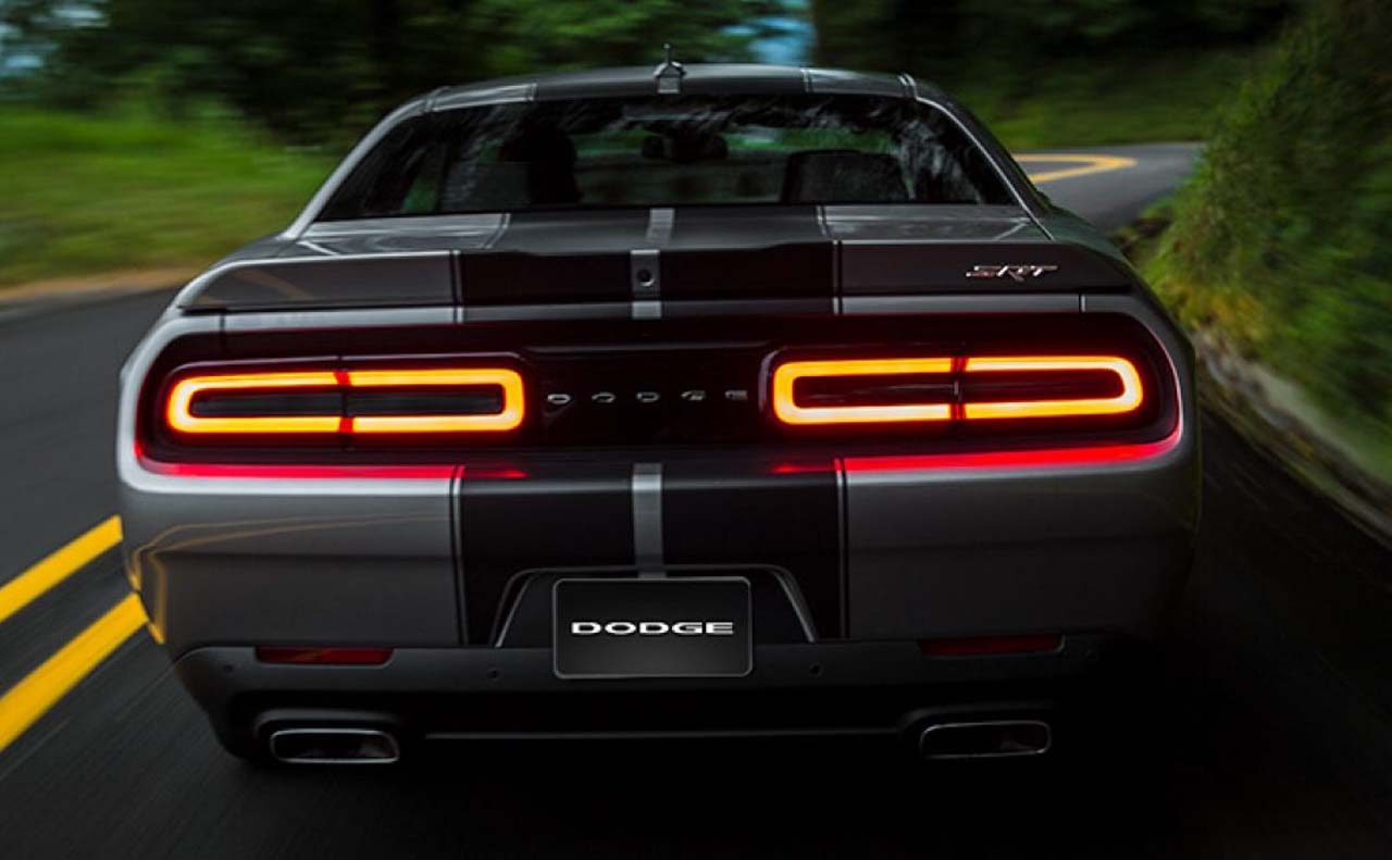 2017 dodge challenger exterior rear lights