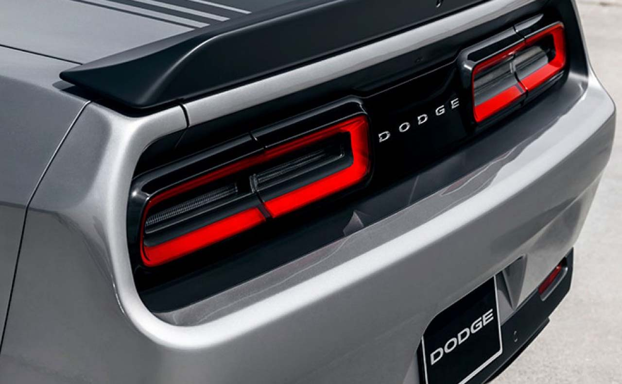 2017 dodge challenger exterior tail lights