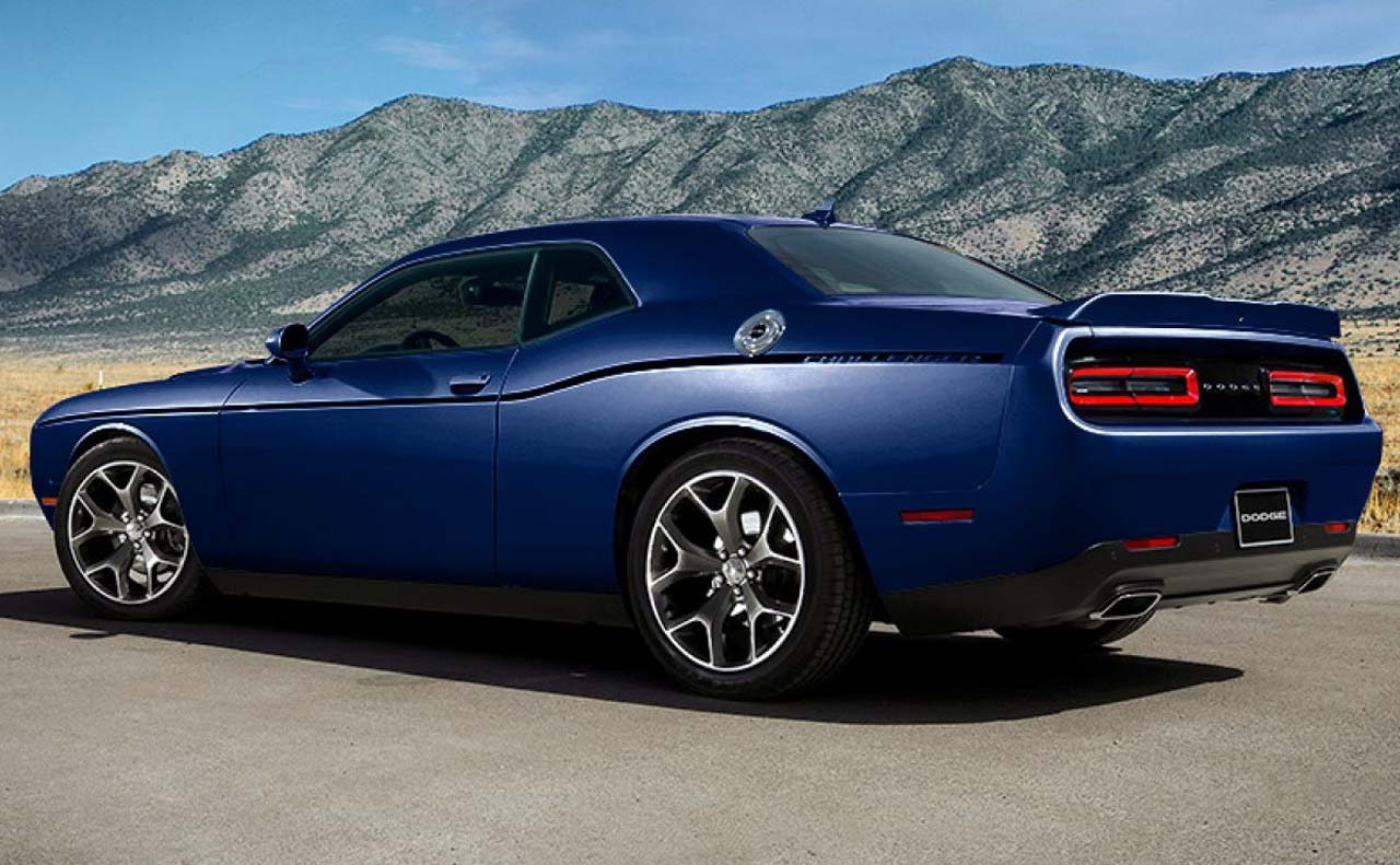 2017 dodge challenger exterior wheels side