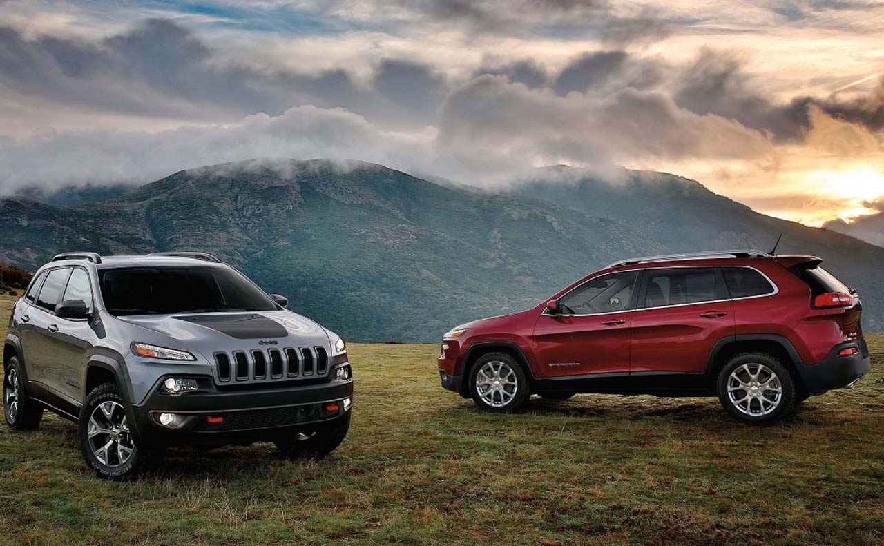 2017 jeep cherokee exterior two vehicles