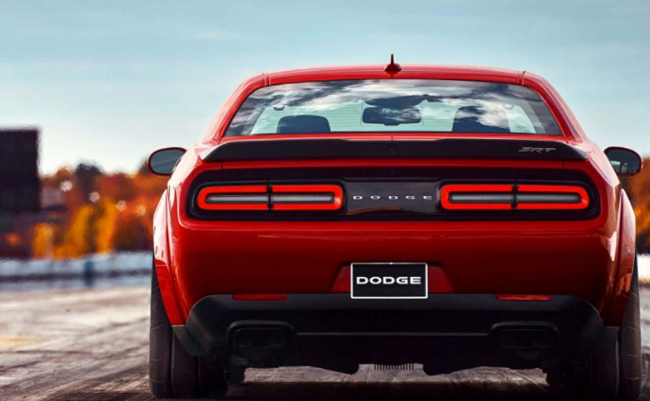 2018 dodge challenger sale exterior back