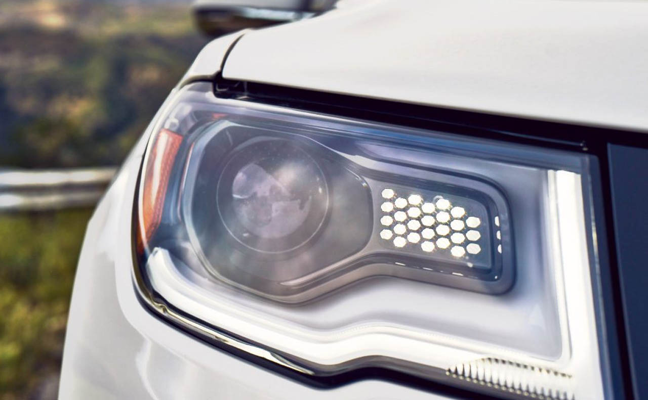 2018 jeep compass exterior head lights