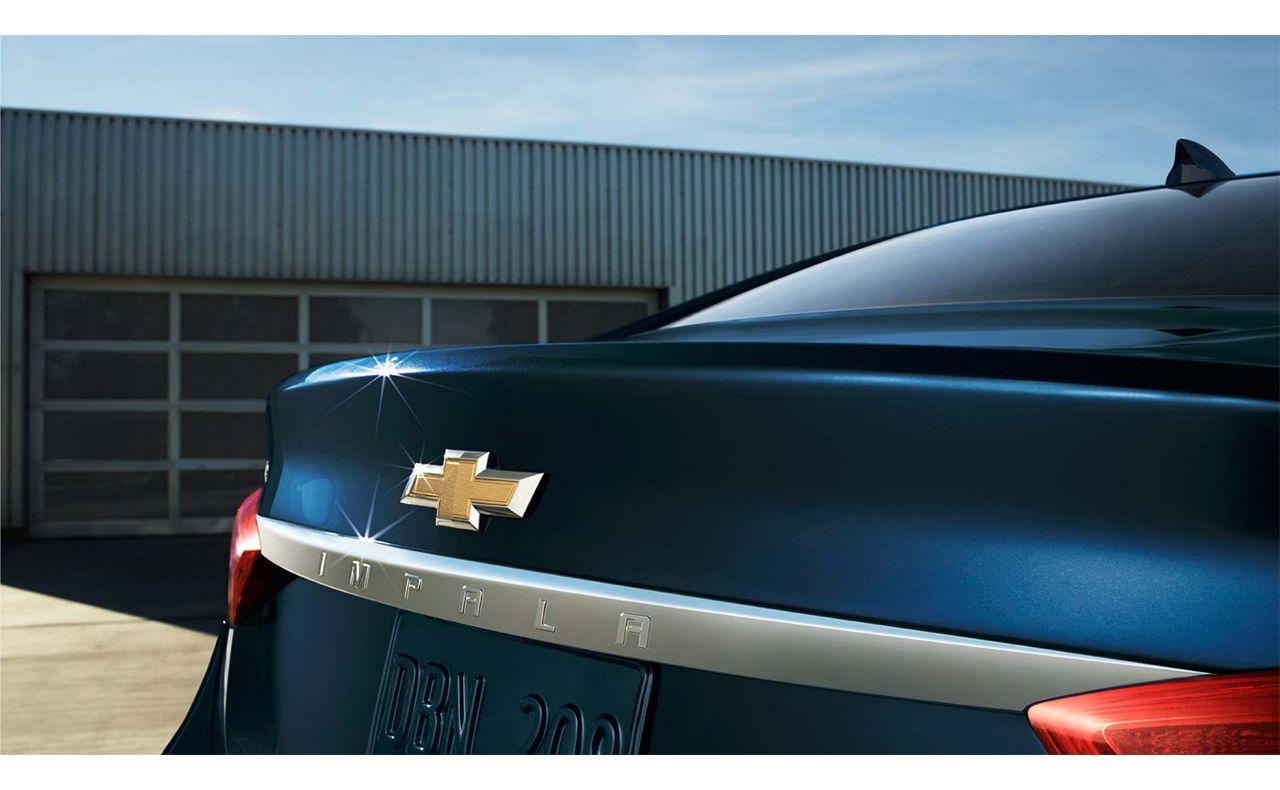 2017 chevrolet impala exterior logo blue rear-compressor