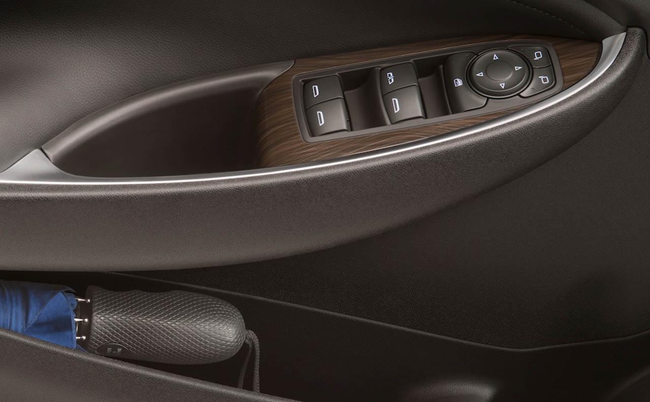 Explore The 2018 Chevrolet Malibu All Star Chevrolet North