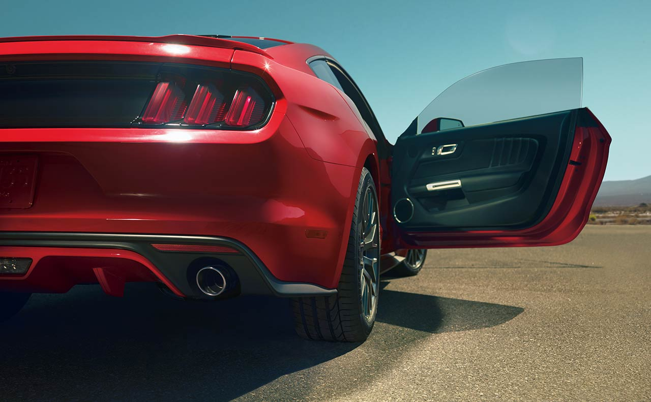 ford mustang exterior open