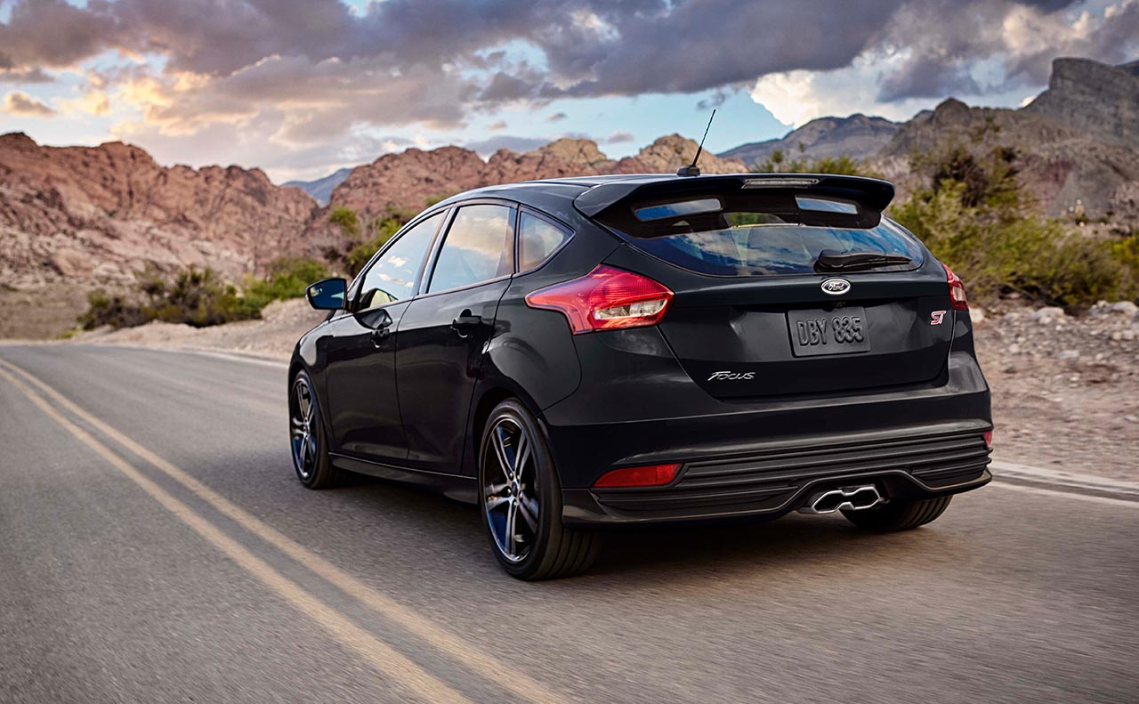 2017 ford focus exterior black rear