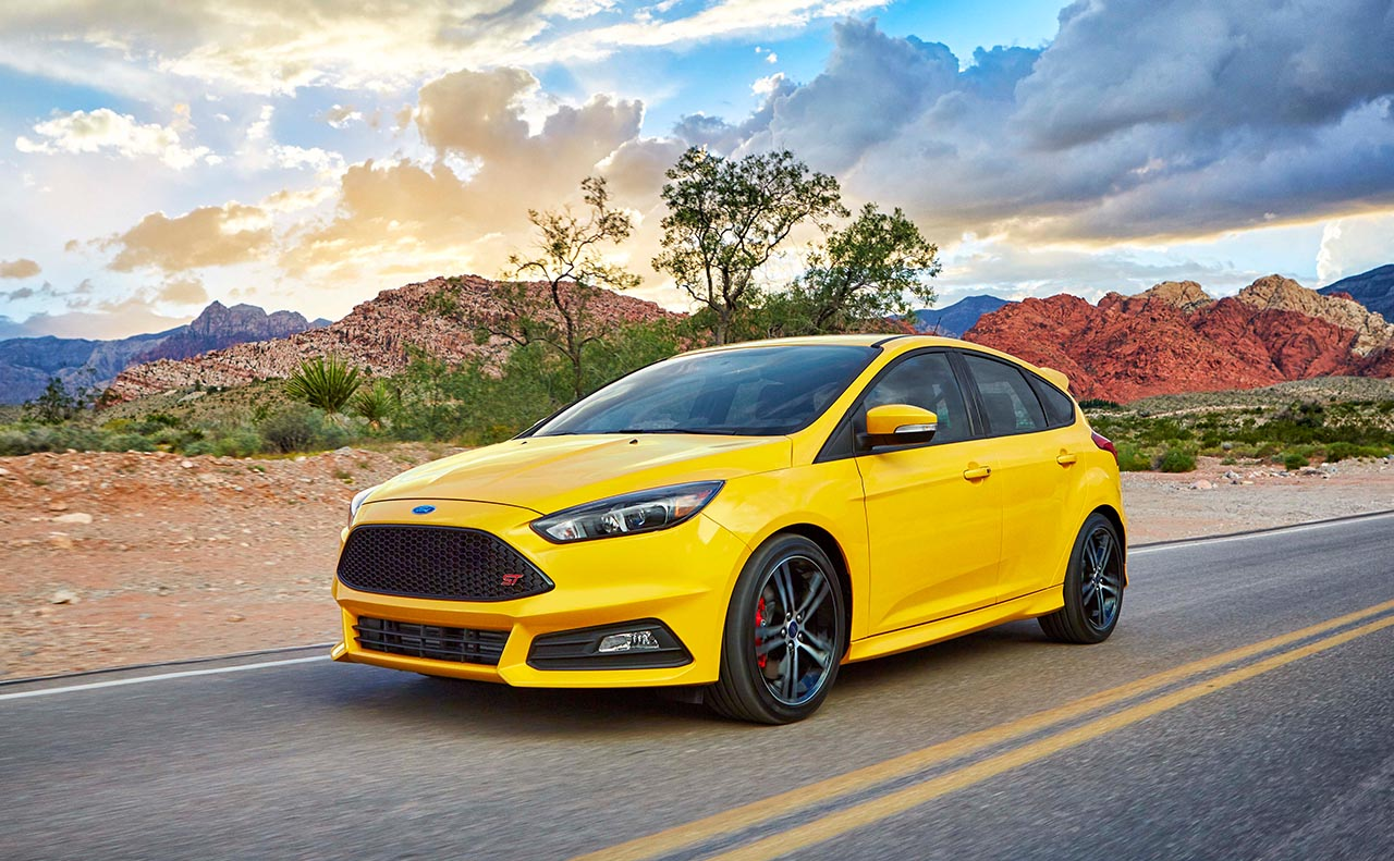 2017 ford focus exterior yellow driver
