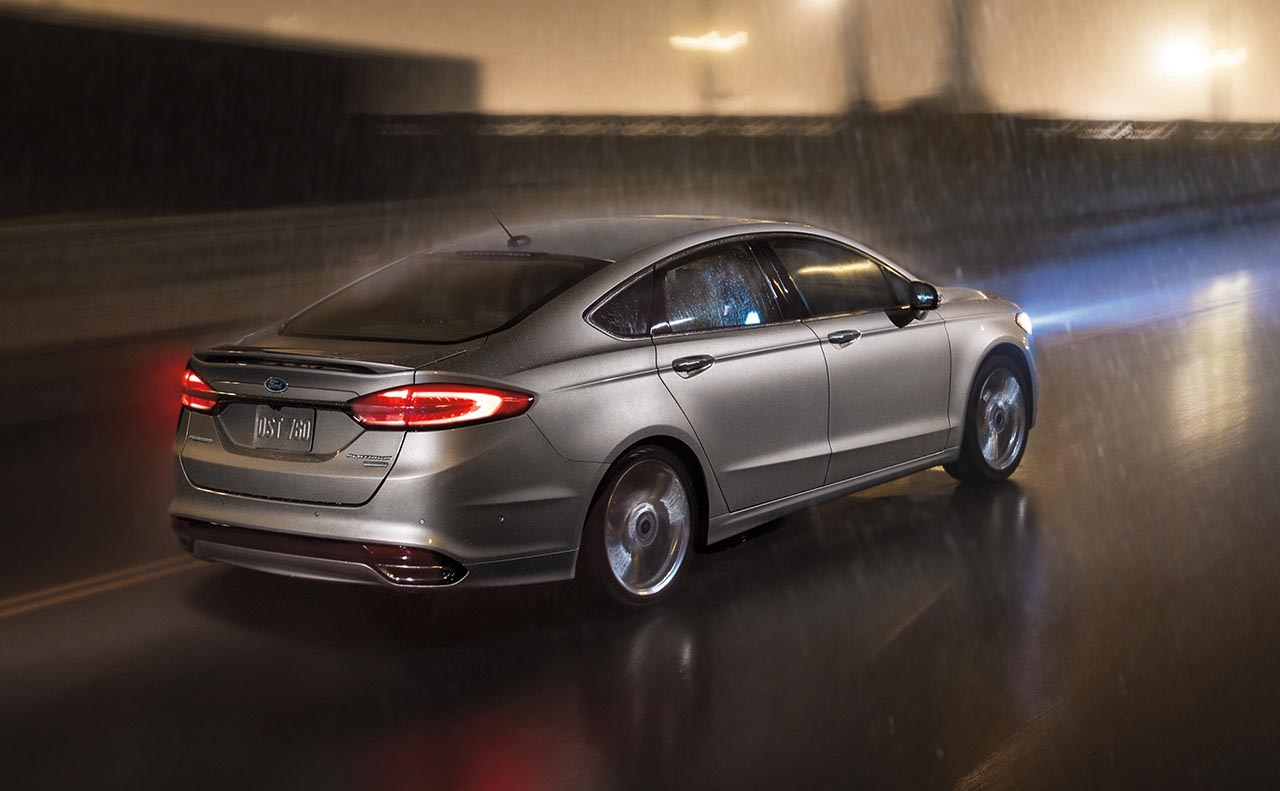 2018 ford fusion exterior right side wheels