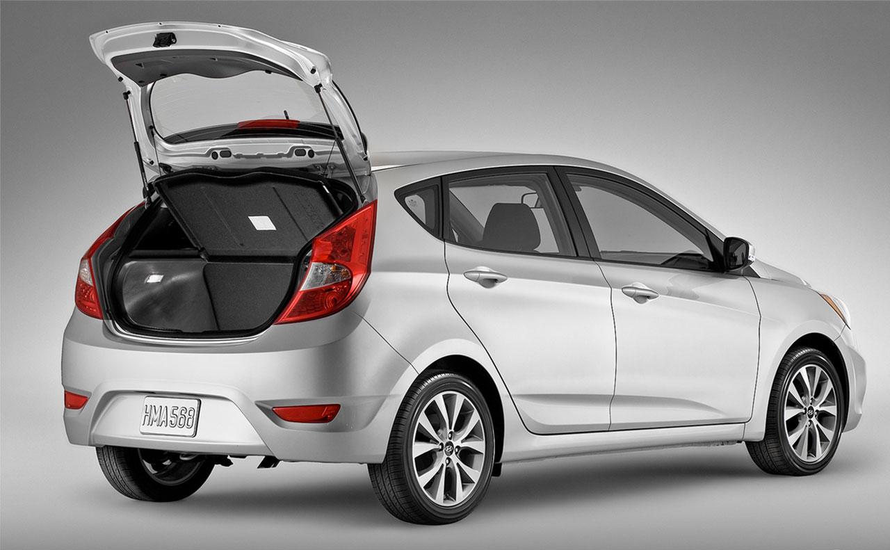 2016 hyundai accent exterior rear trunk hatch