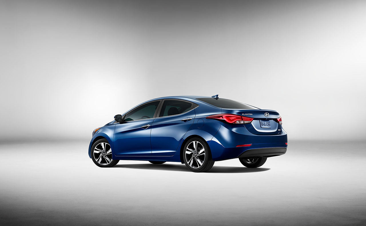 2016 hyundai elantra exterior blue display