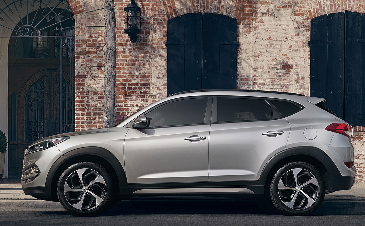 2017 hyundai tucson exterior left facing rim doors