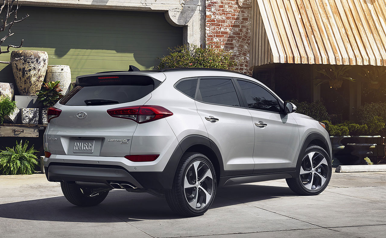 2017 hyundai tucson exterior right facing rims doors