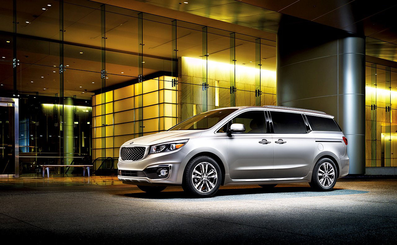 2016 kia sedona exterior left facing driver side