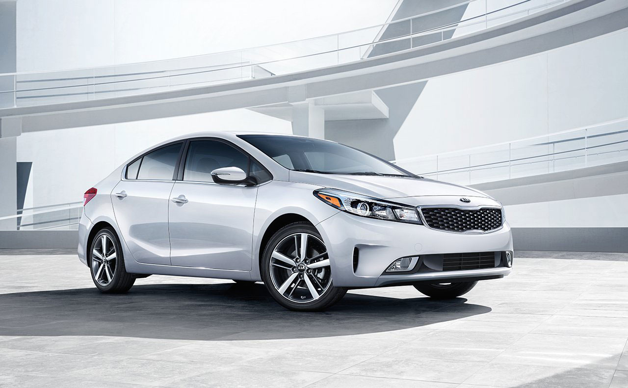 2017 kia forte exterior white side headlights