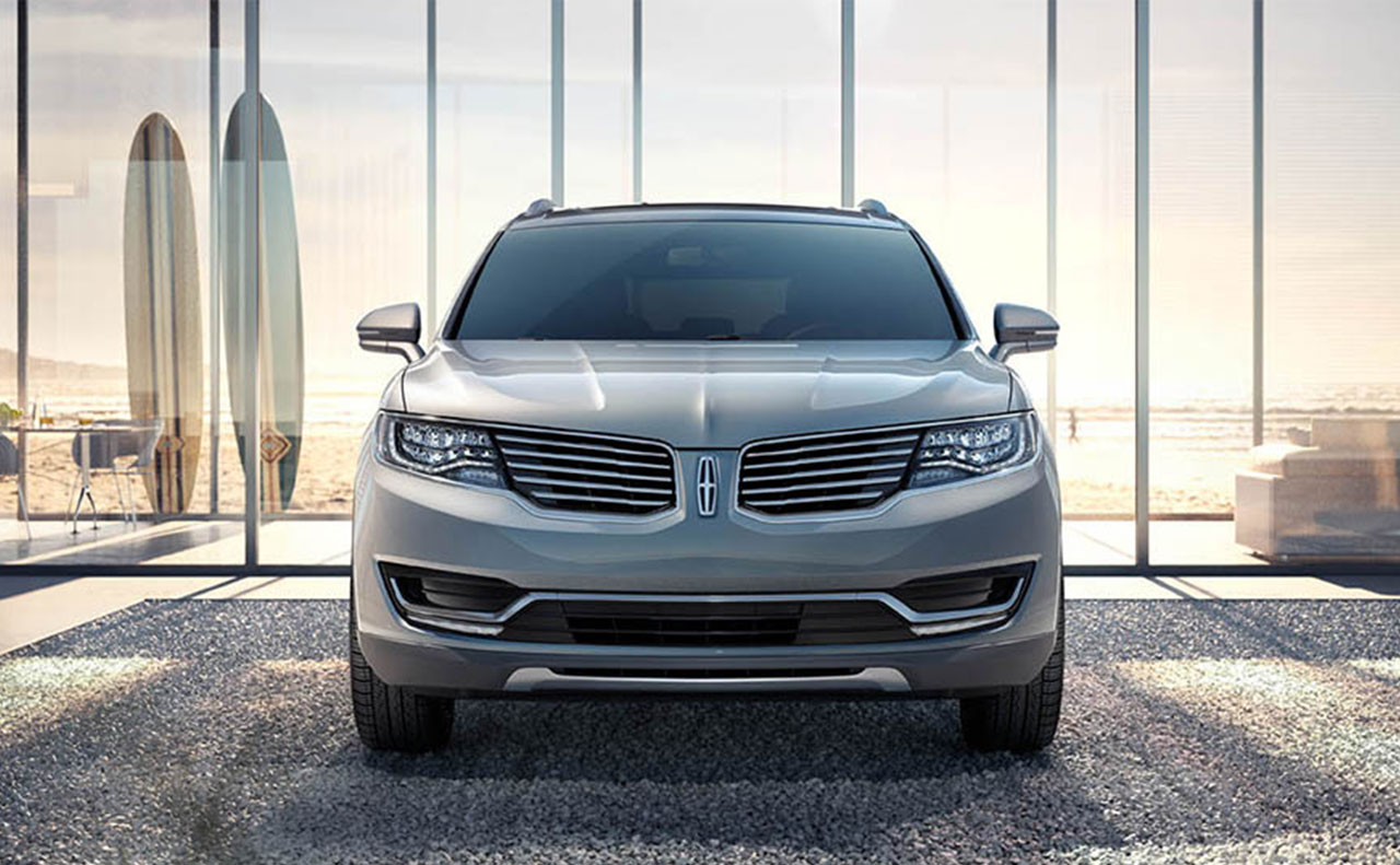 2016 Lincoln MKX front exterior