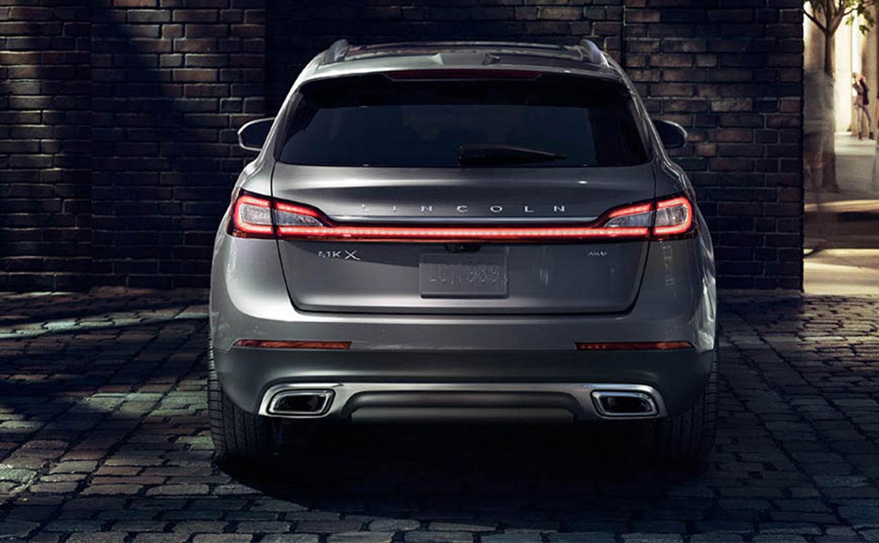 2016 Lincoln MKX rear exterior