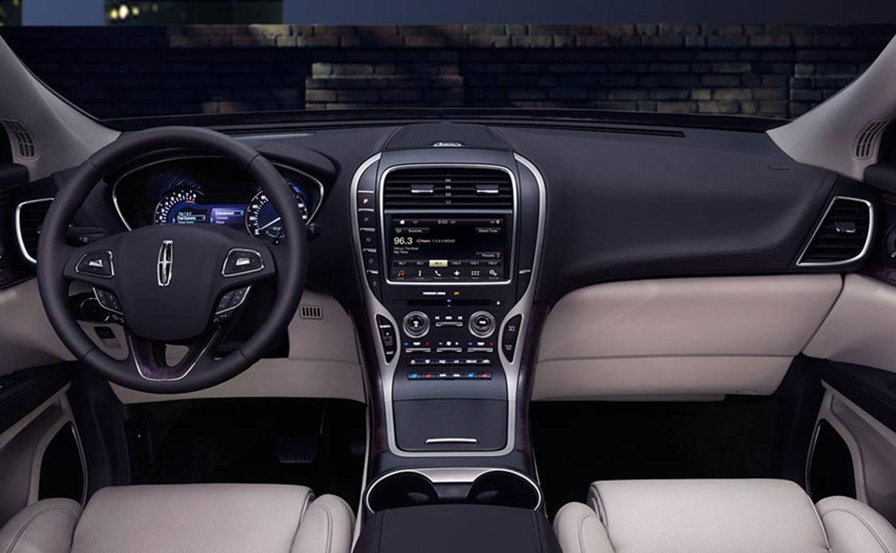 2016 Lincoln MKX exterior wheel