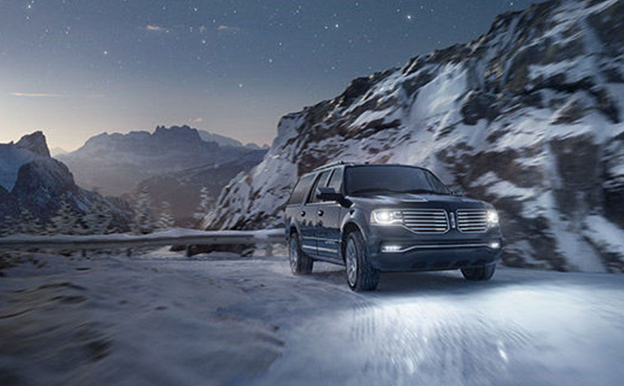 2017 lincoln navigator exterior snow montain lights