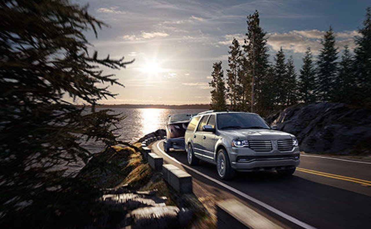 2017 lincoln navigator exterior towing motion grille