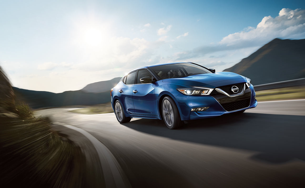 2016 nissan maxima exterior blue motion front