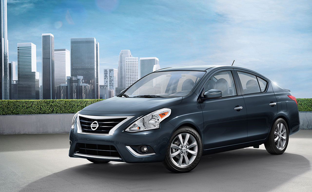 2016 nissan versa exterior navy wheel turned