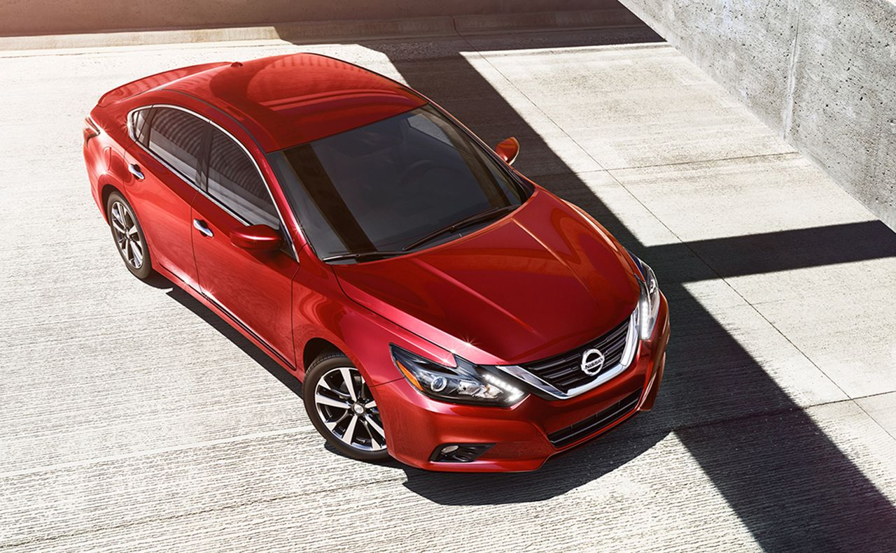 2017 nissan altima exterior red overview hood