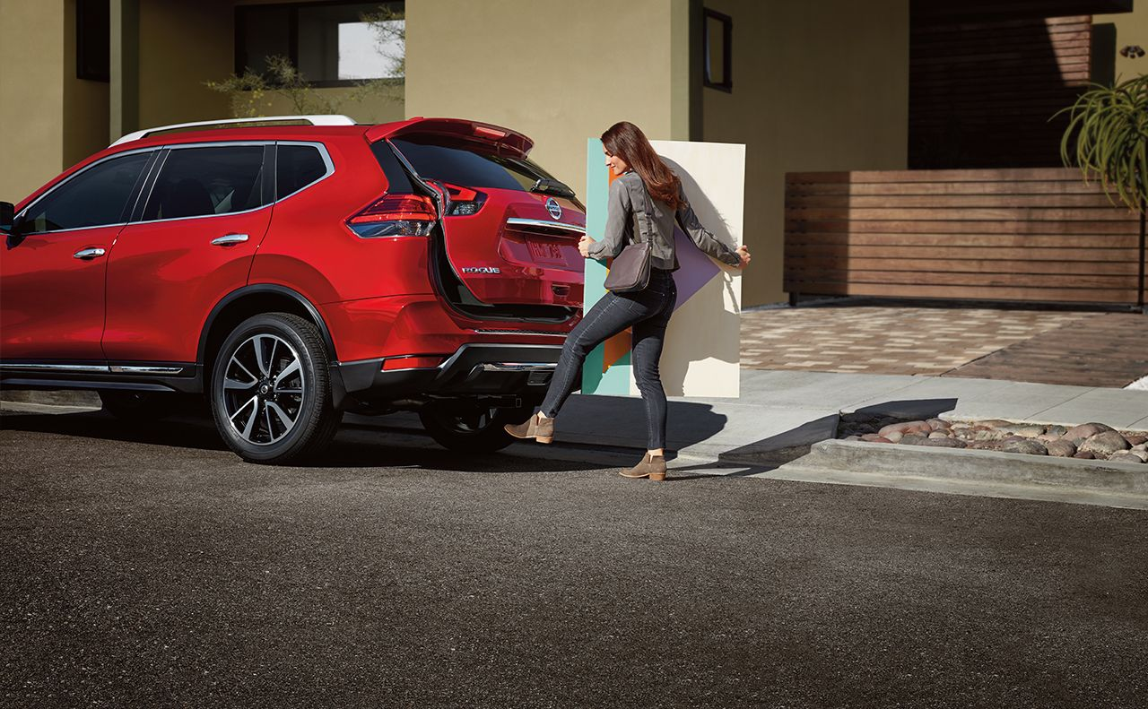 2017 nissan rogue exterior automatic lift system