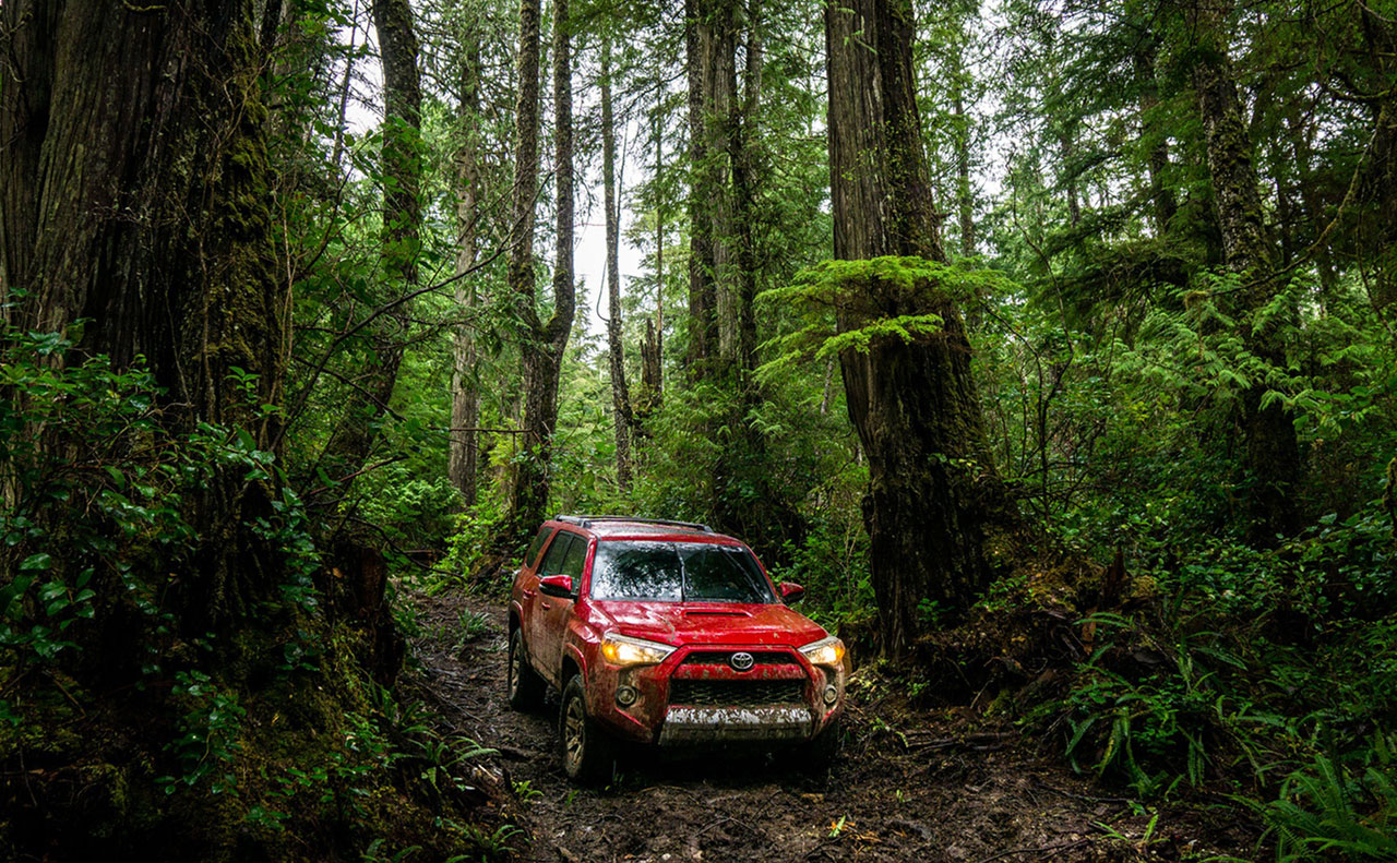 2016 toyota 4runner exterior woods red dirt mud